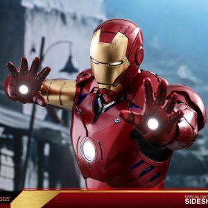 اکشن فیگور Iron Man Mark3 1/4 هات تویز