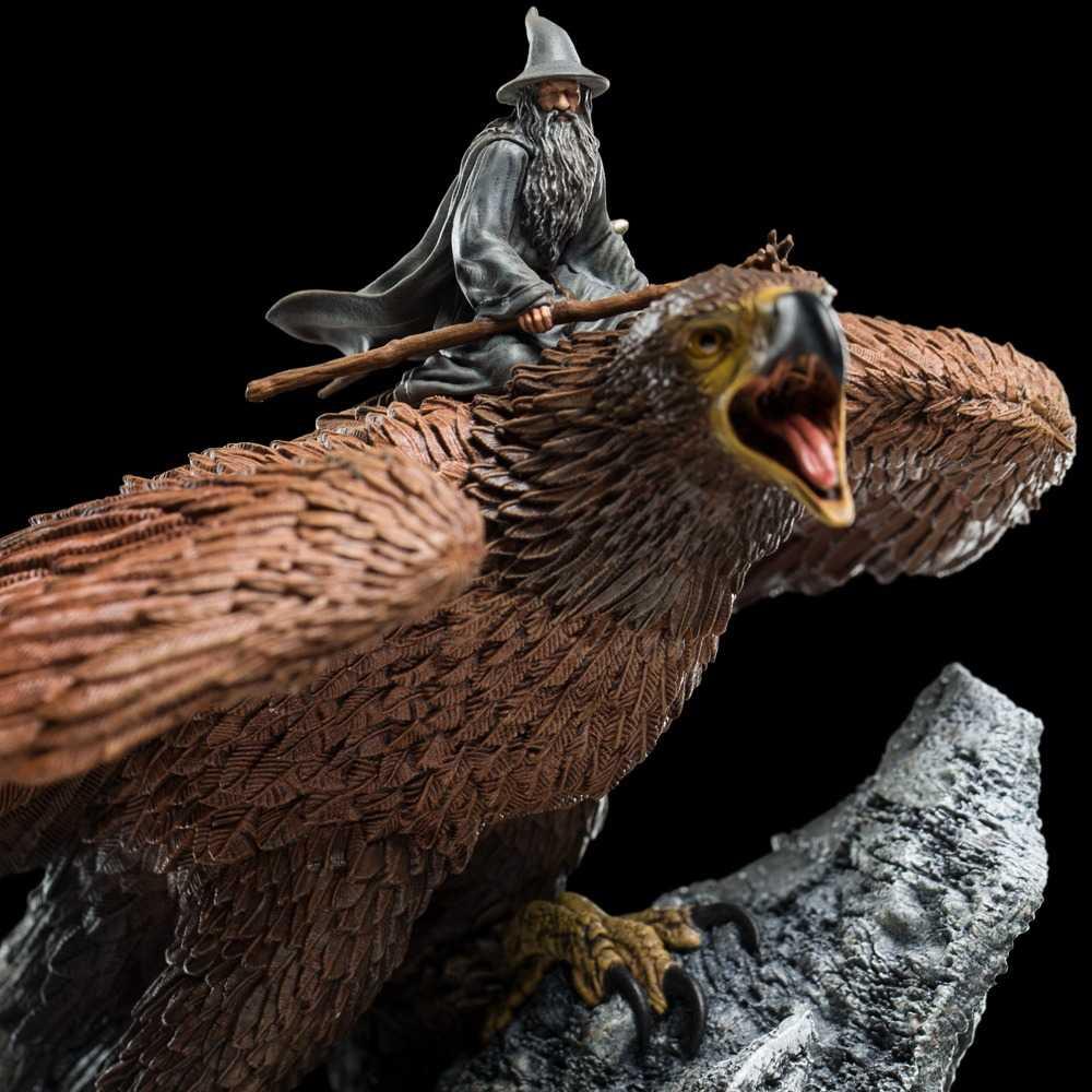 مجسمه مینیاتوری Gandalf on Gwaihir گندالف