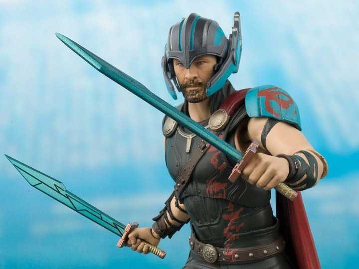 ست اکشن فیگور Thor & Gladiator Hulk برند Bandai