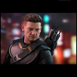 اکشن فیگور هات تویز Hawkeye Deluxe