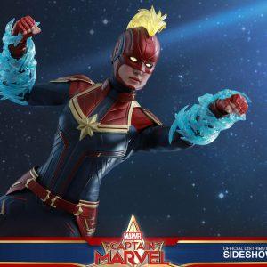 اکشن فیگور هات تویز Captain Marvel Deluxe